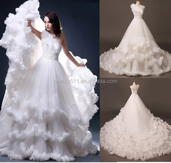 Plus Size Feather Wedding Dress