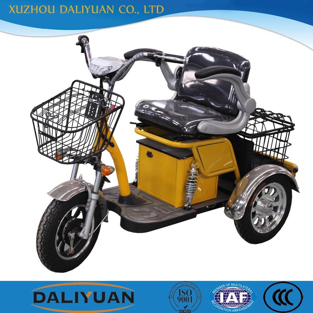 elektrische passagier dreirad mit kabine von dem roller. Black Bedroom Furniture Sets. Home Design Ideas