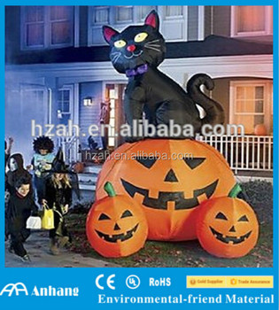 Inflatable Cat With Pumpkin