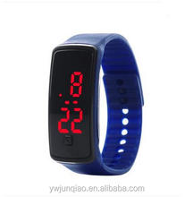 China Factory Supplier Cheap Price LED Silicone Digital Bracelet Slim Slicone Sport Watch