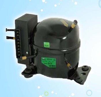 made in china 12 volt kolbenkompressor f r den mobilen. Black Bedroom Furniture Sets. Home Design Ideas
