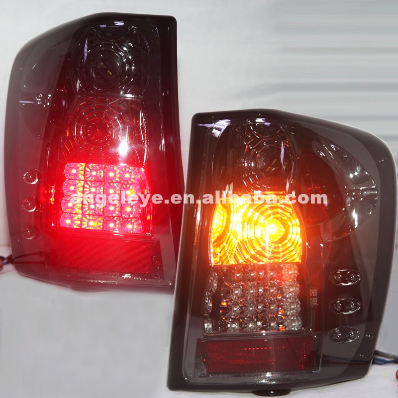 1999 To 2004 Year For Chrysler For Grand Cherokee LED Tail Lamp Back Light Smoke Black Color Halogen Turn signal lights SN