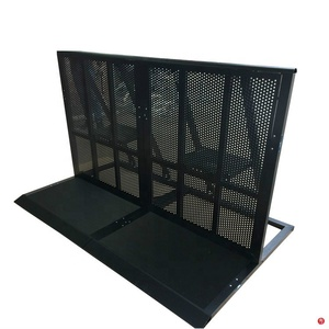 Hot Sell And High Quality Aluminum Concert Crowd Control Car Packing Roller Barrier In Black