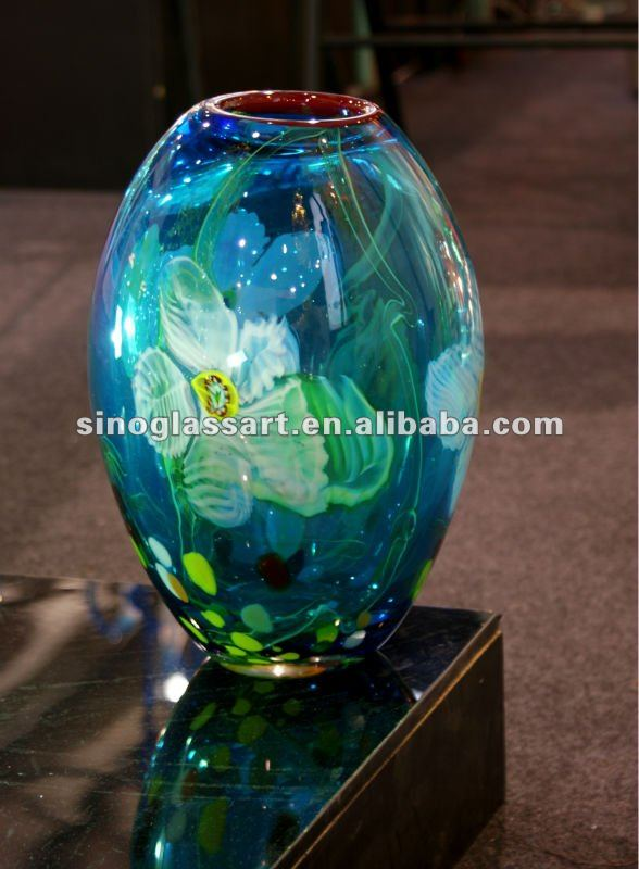 China Decorative Glass Showpiece China Decorative Glass Showpiece Manufacturers And Suppliers On Alibaba Com