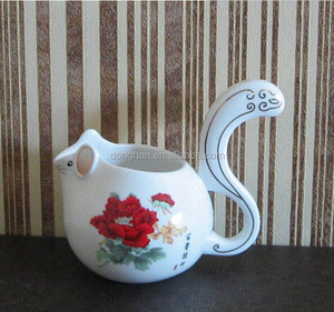 creative product kid like Crockery mug with squirrel design for wholesale