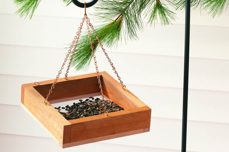 DIY Pine wood apple shape bird feeder for sale