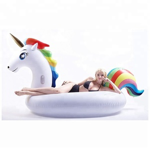 Multicolored Large Swim Party Cheap Wholesale Stock Big Water Unicorn Rainbow Pool Float Air Mattress Toy