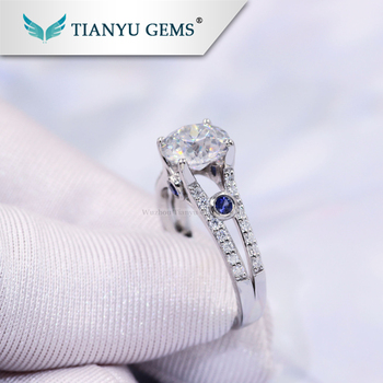 Special custom lady Gold ring OEC cut moissanite diamond with two small sapphire from Tianyu gems