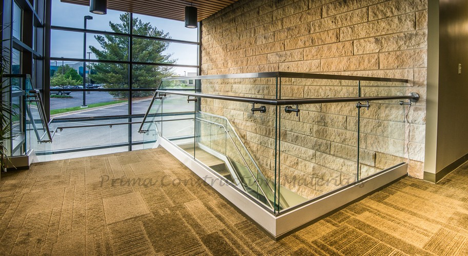 Used Aluminum Bottom Frame With Glass Panel For Terrace Railing ...