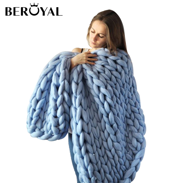 Beroyal New Hot Sale polyester large size wholesale chunky knit wool blanket