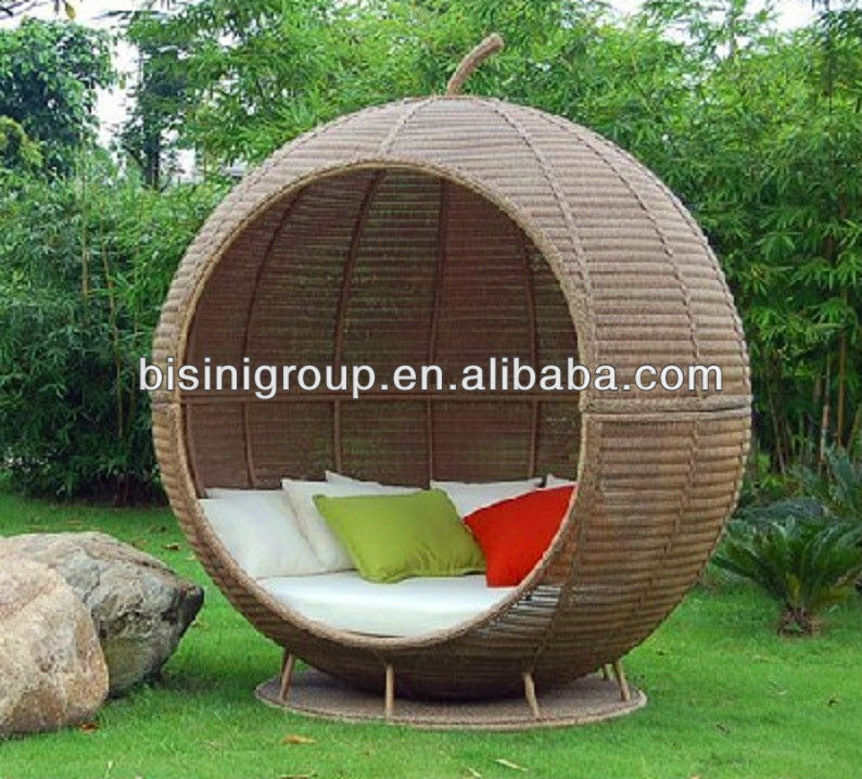Round Wicker Rattan Outdoor Daybed Bf10 R107 Buy