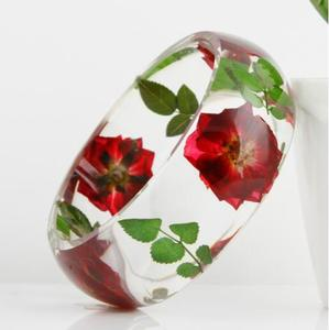 High quality wide resin real pressed flower jewelry bangle with embedded flower and leaf inside