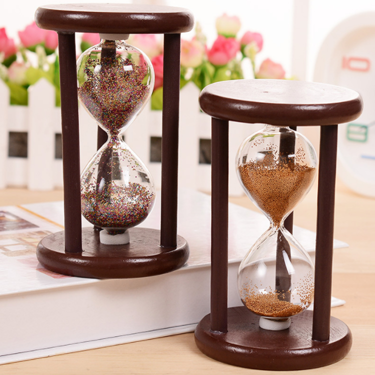 Retro sand timer wood hourglass for desktop decoration