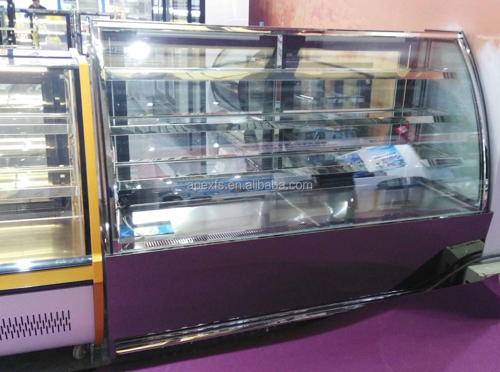 Kühlschrank Amerikanischer Stil : Große edelstahl kühlschrank isoliert auf weiss kühl
