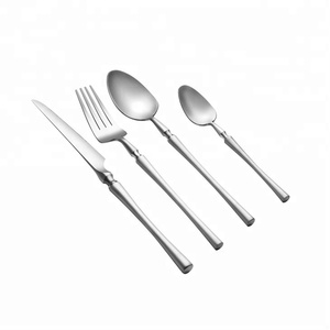 16 Pcs High Quality Hand Forged Flatware Set Hammered Cutlery For Hotel