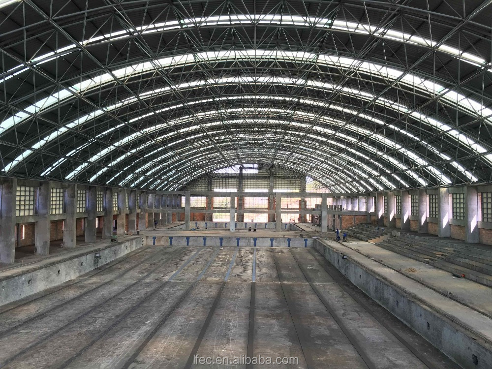 Arched swimming pool roof with steel cover