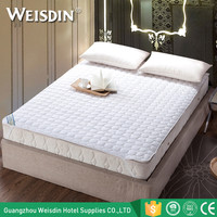 China supplier wholesale new premium hospital hotel waterproof bed bug mattress cover