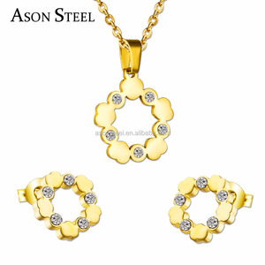 Gold Plated Agatha Round Design Earring Pendant Stainless Steel Cookware Jewelry Set with Crystals
