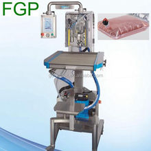 Automatic filling in drinking bags machine/liquid drink BIB bag filler in China