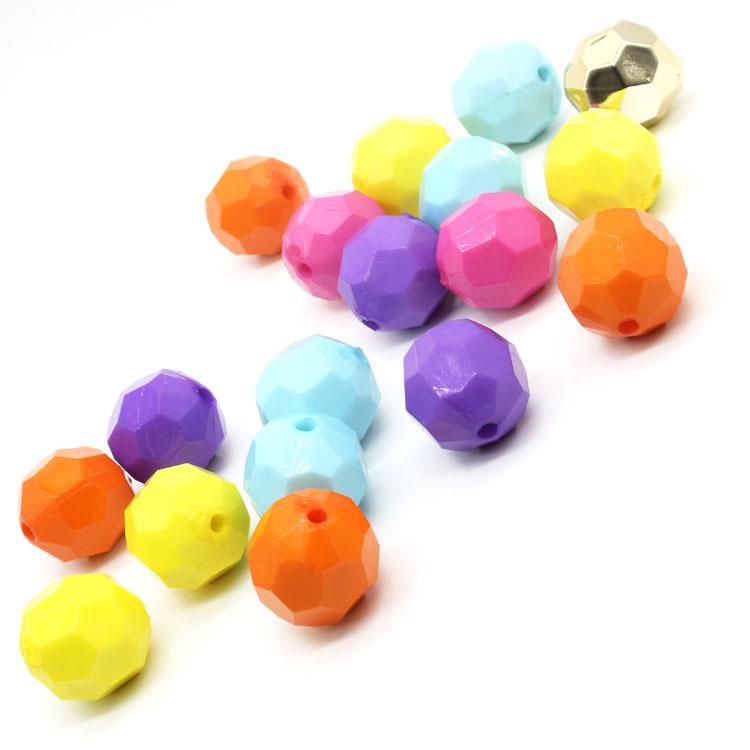 300PCs Mixed White Acrylic Beads Heart Pattern Cube Beads 6x6mm