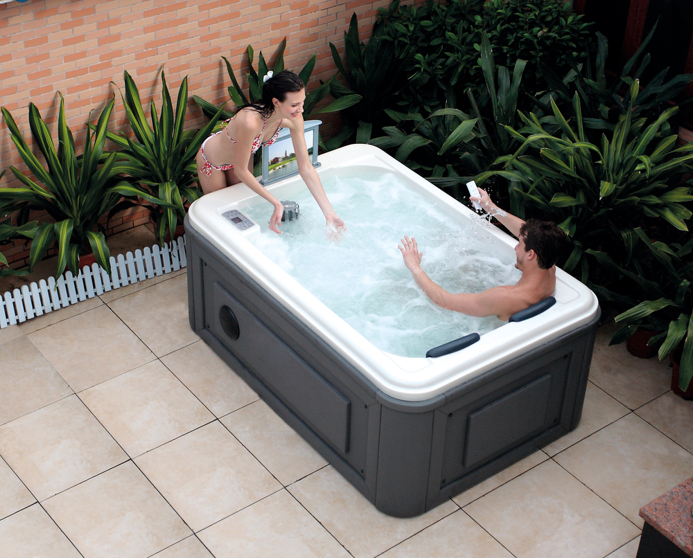 Hs spa291 outdoor spa whirlpool couple hot tub small spa - Spa o hot tub ...
