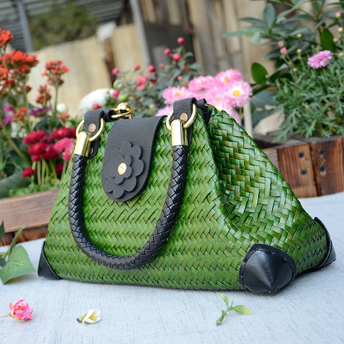 Classic Straw Weaving Summer Beach Shoulder Bag Tote Handbag Rattan Shopping Bags Hand-woven Ethnic Bags