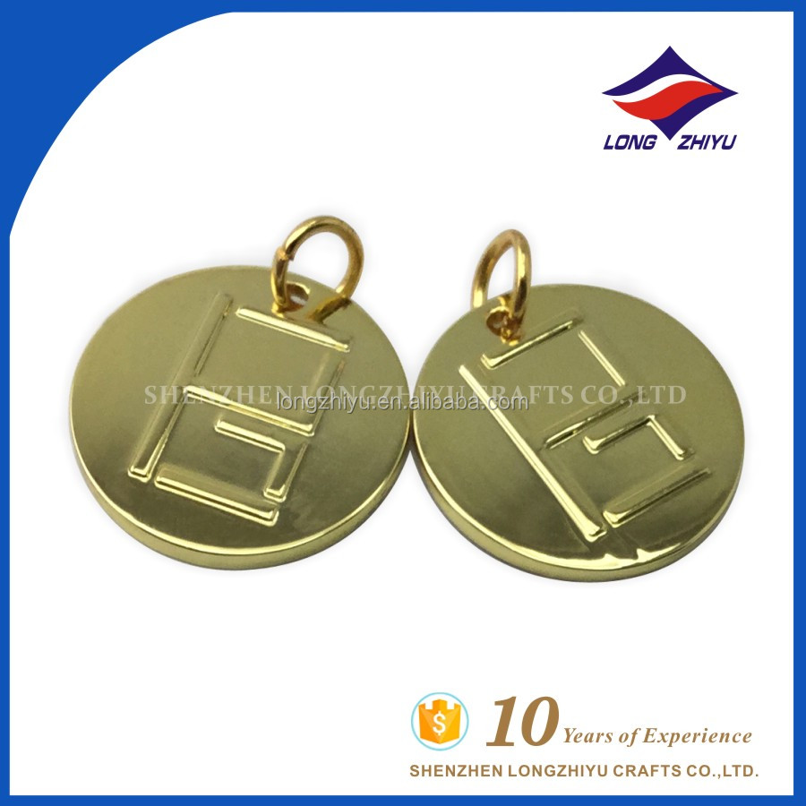 Best quality custom gold metal embossed round shape pendant necklace