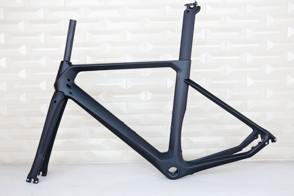 carbon frame road bicycle 700C aero Disc brake DI2 all size available