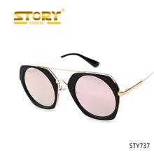 86843c9c825c История полигон True Colors красная роза цвета очки женские солнцезащитные  очки