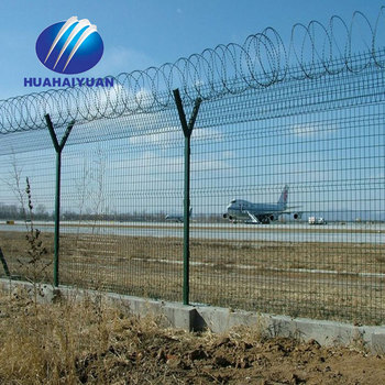 Concertina razor barbed wire Airport Fence with Welded Curvy Bends Fence panels Y Posts(Factory)