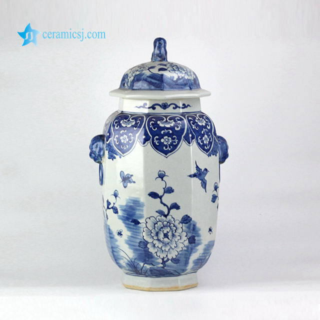RYLU130 Asian style floral butterfly and birds pattern hand made porcelain jar with lion ring and knob