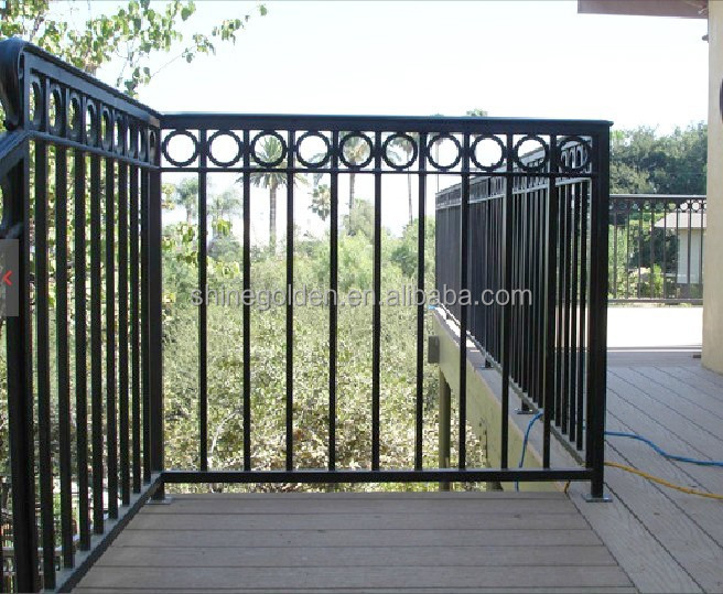 Beautiful Expandable Garden Wrought Iron Trellis