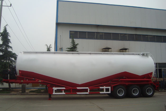 powder tanker trailer