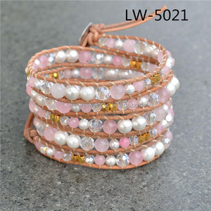 Adjustable 5 Layer Shell Pearl and Agate Stone with Leather China Manufacturer Bracelet