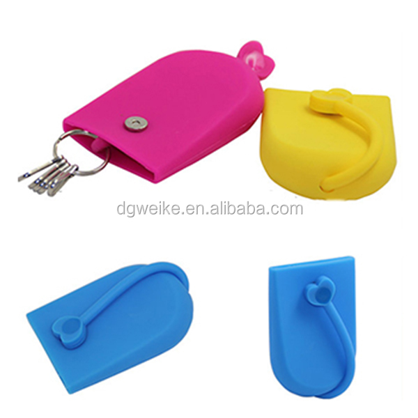 New Creative Silicone Key Chain Style Pouch Gift Card Hasp Holder Bag Case with Magnet Snap For Hot Selling Item
