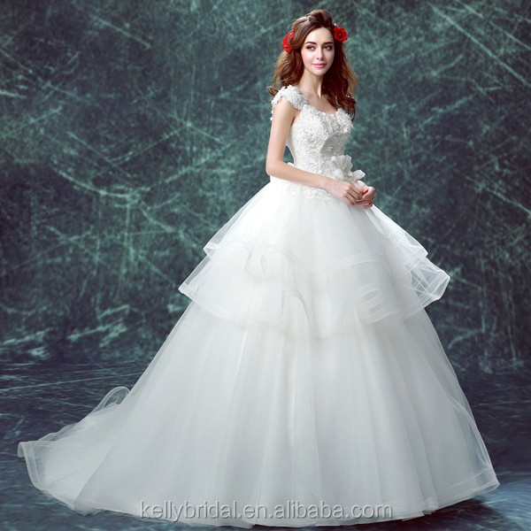 ZM16123 Romantic French Style Wedding Dress With Big Long Train Plus Size Ball Gown Petticoat