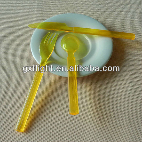Gold disposable plastic buffet cutlery