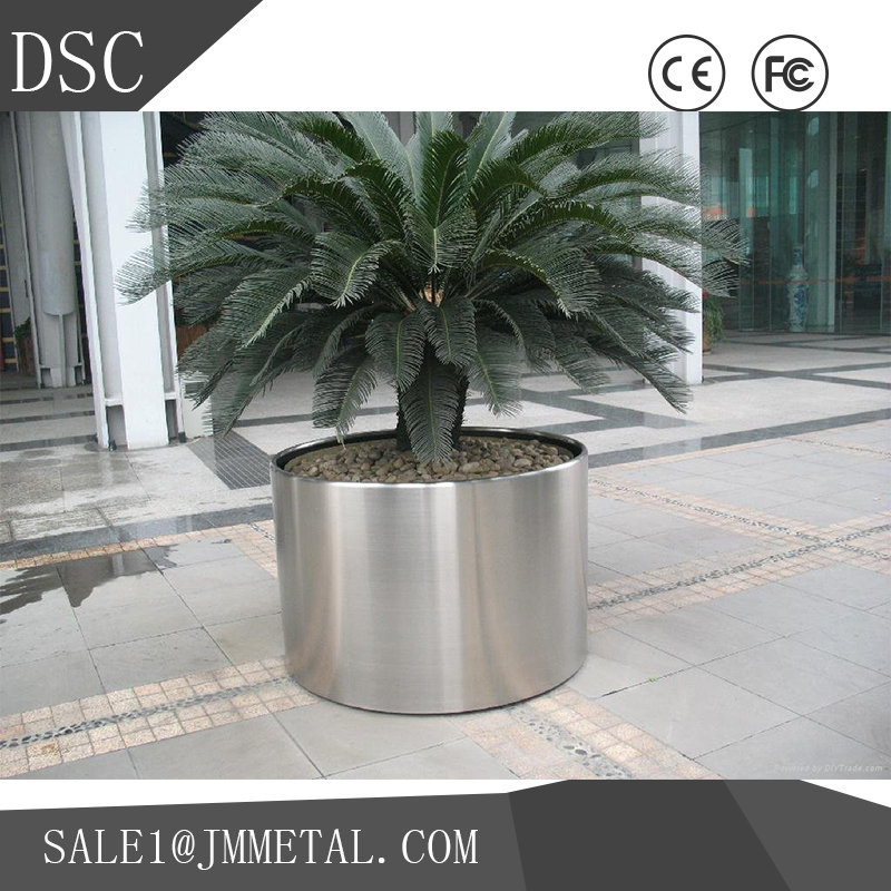 Brand new steel fiberglass planter