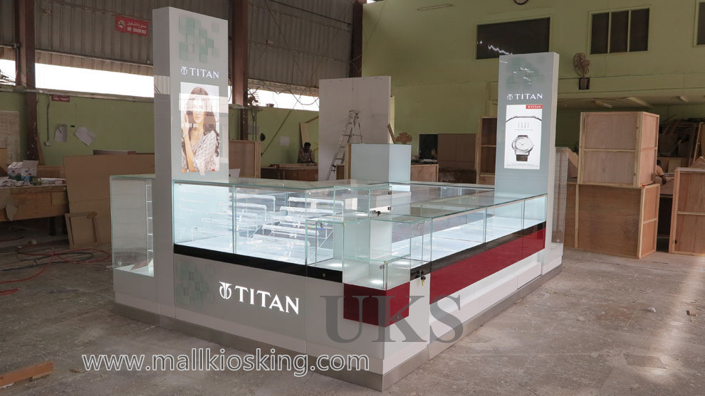 Titan watch kiosk  (8).jpg