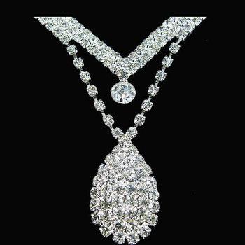 896bc9e107d0 Venta Al Por Mayor De Plata Nupcial De Fiesta De Boda De Diamantes De  Imitación De Cristal Lágrima Perla Collar Pendientes Conjuntos De Joyas -  Buy ...