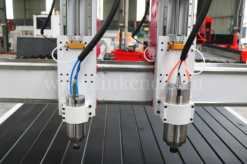 2 heads CNC router woodworking machine / multi spindle 3d cnc router