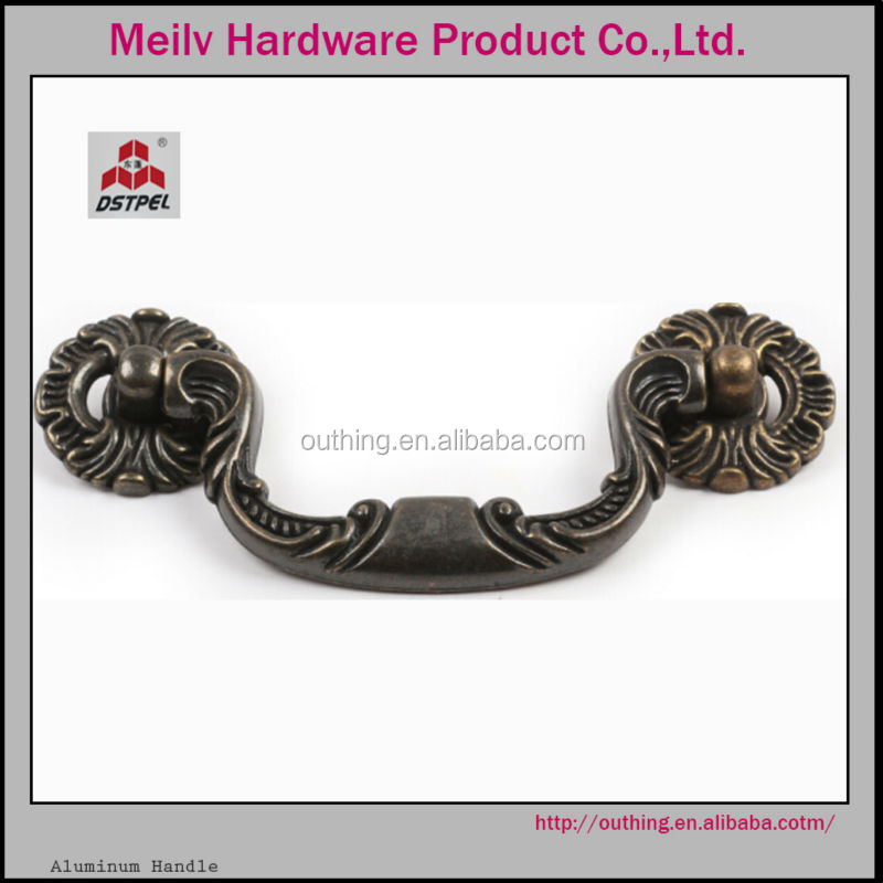 China factory wholesale kitchen cabinet zinc old design hardware antique brass pull handle