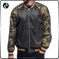 Best quality camo sleeve black polyester bomber men jacket with front zip