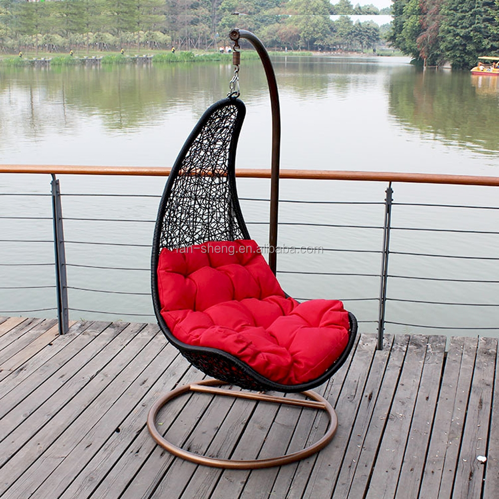 chaise rotin suspendue vendre meuble de salon contemporain. Black Bedroom Furniture Sets. Home Design Ideas