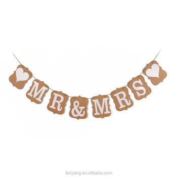 """MR & MRS + Heart"" Vintage Kraft Bunting Banner Rustic Wedding Party Photo Prop"