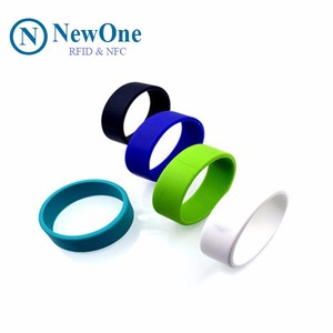 NewOne Waterproof NFC Silicone Rings more Convenient RFID Ring for Wedding  Party and Accept Custom Logo