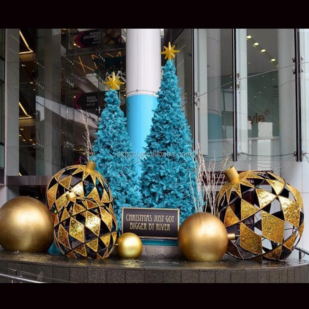 Giant outdoor lighted ornaments - Outdoor Led Lighted Christmas Tree Lighted Christmas Big Tree Giant Led Christmas Tree