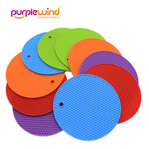 New product multifunction Cellular silicone pot mat