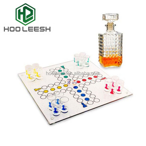 L High Quality Novel-innovative and Clear Glass Ludo Game for Drinking party