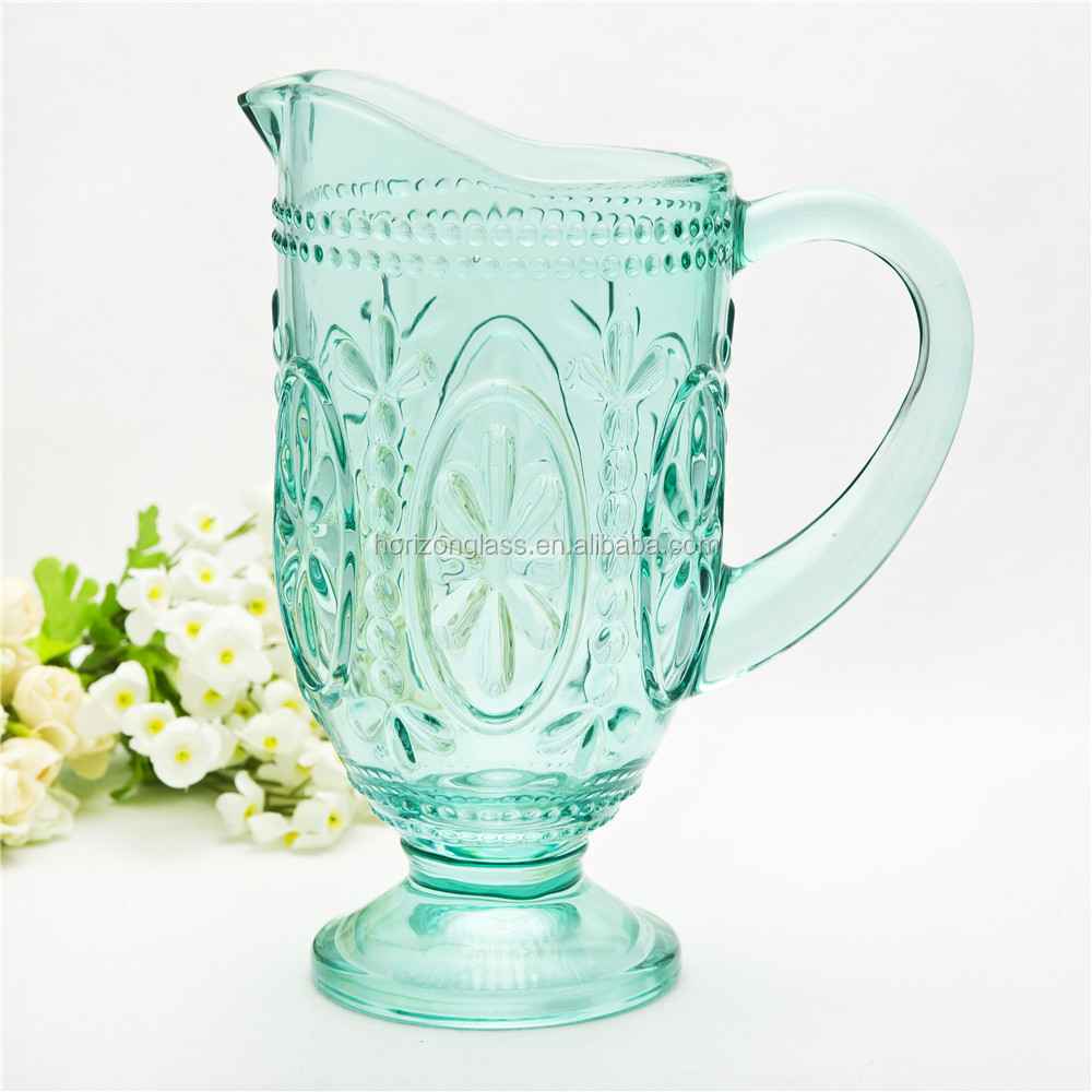 Factory supply glass water pitcher green heat resistant glass pitcher with stand and handle for table use